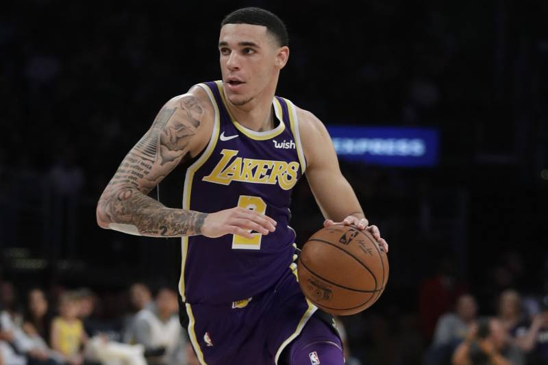 1ac6e214f29 Lakers News  LeBron James Says Lonzo Ball  Doesn t Realize How Great He Is