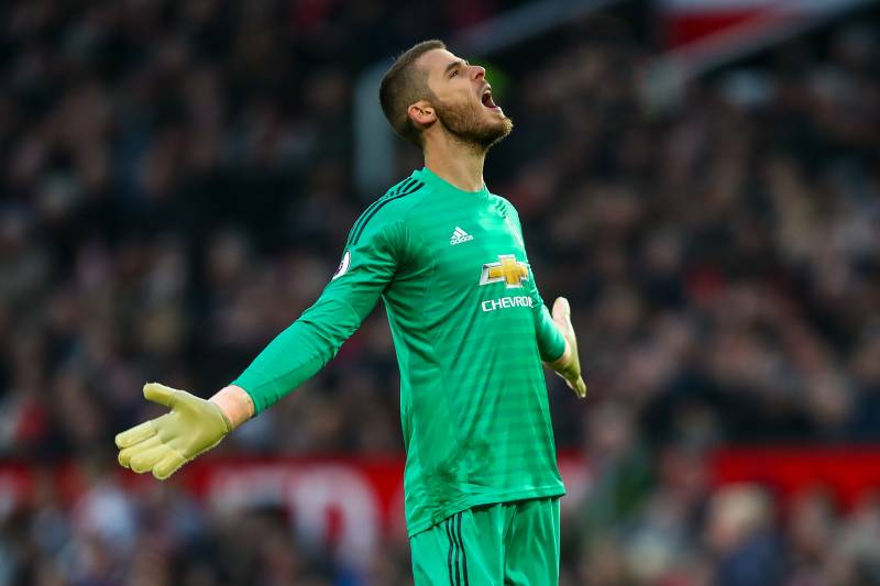 4430ba86701 MANCHESTER, ENGLAND - NOVEMBER 24: David de Gea of Manchester United reacts  during the