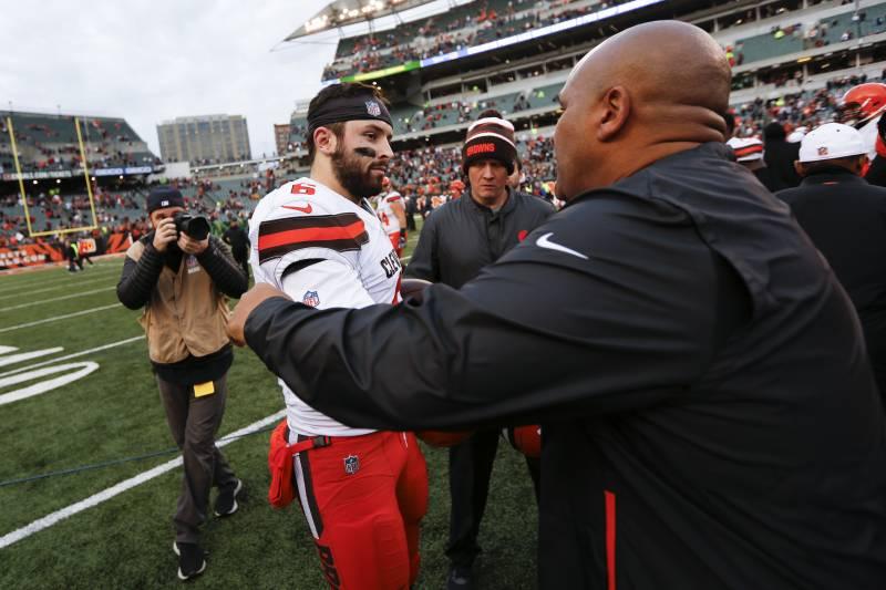 1f256c03c Cleveland Browns quarterback Baker Mayfield (6) meets with Cincinnati  Bengals special assistant Hue Jackson
