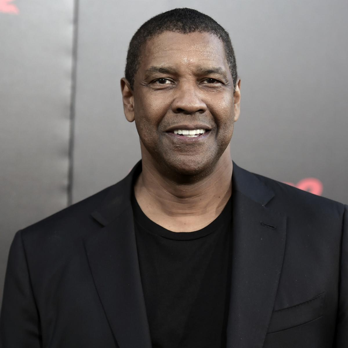 Lakers Invite Denzel Washington to Boost Morale During 2-Game Losing Streak   c794c49bc