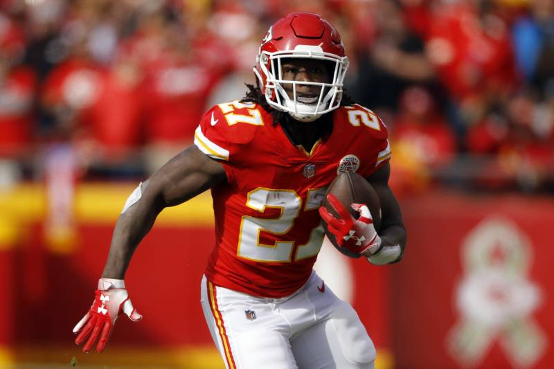 fa0161b120f Kansas City Chiefs running back Kareem Hunt (27) carries the ball during  the first