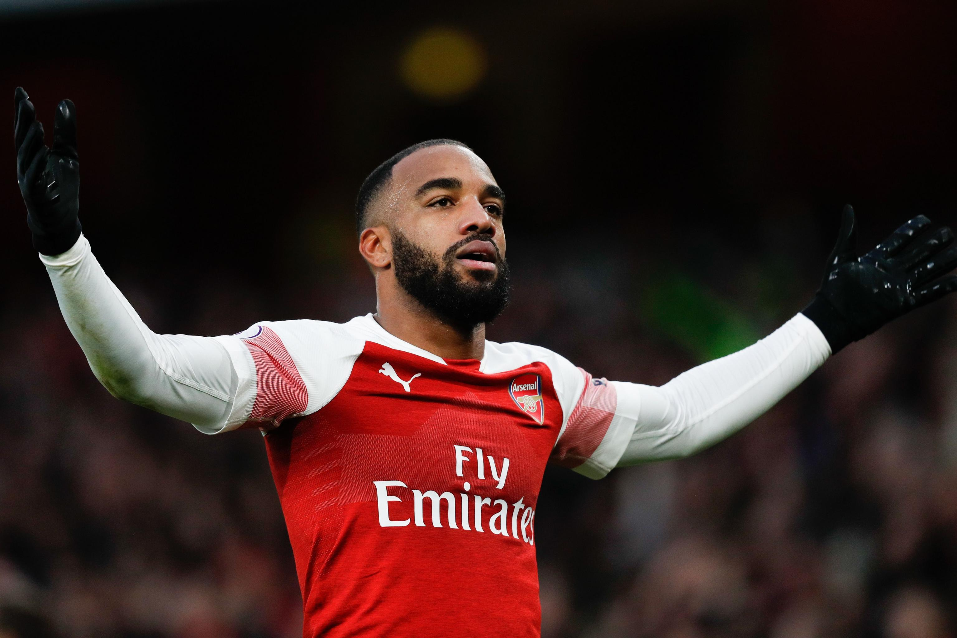 Arsenal's Alexandre Lacazette Ruled Out Until October with Ankle ...