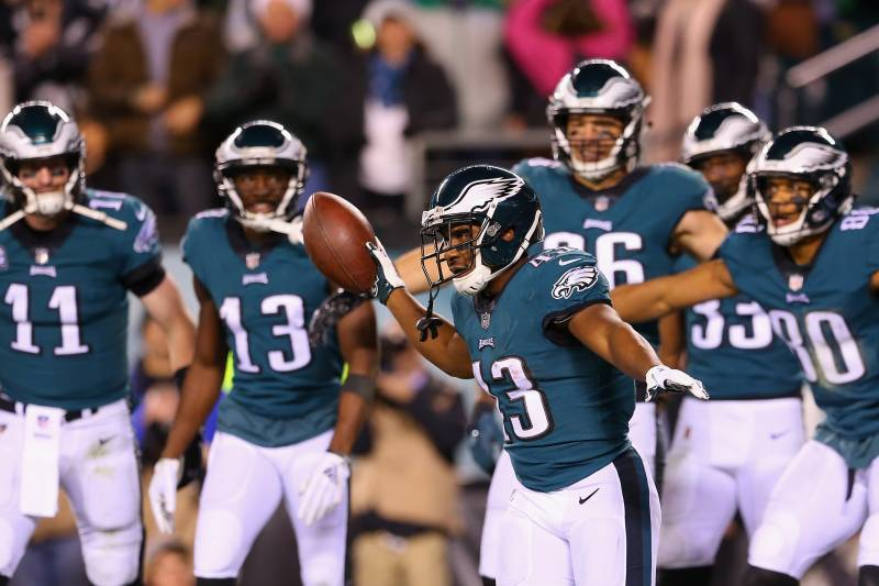 20761301 Carson Wentz, Eagles Roll Past Redskins on MNF After Colt McCoy Suffers  Injury
