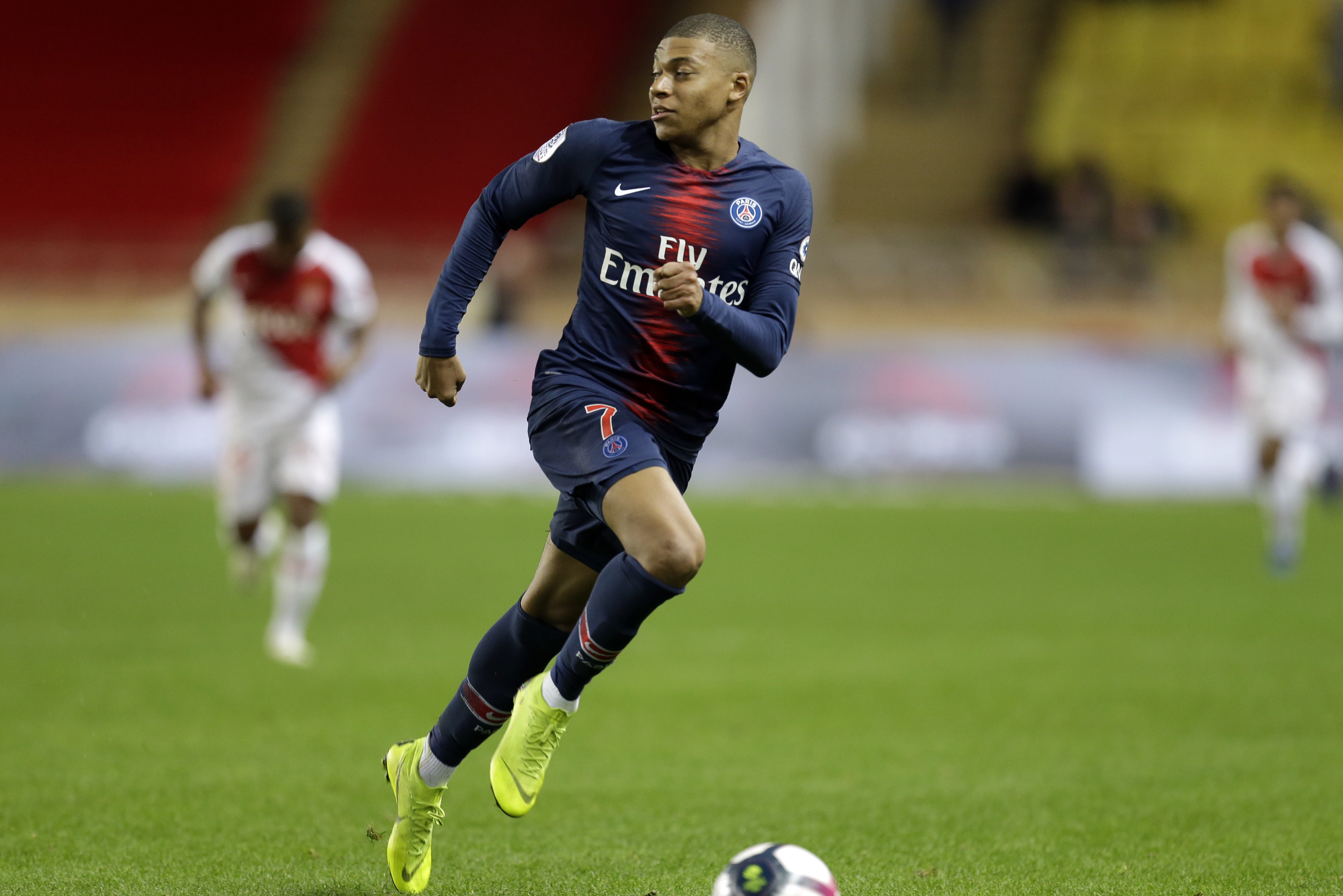 Kylian Mbappe Suffers Hamstring Injury Out At Least 4 Weeks For Psg Bleacher Report Latest News Videos And Highlights