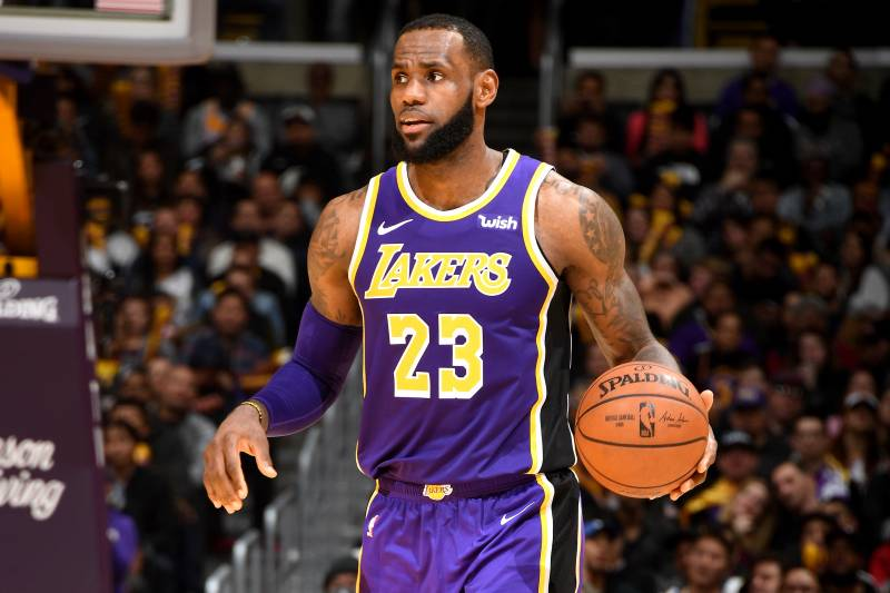 pretty nice c9637 fefb6 LeBron James Scores 42 Points, Leads Lakers to Win over ...