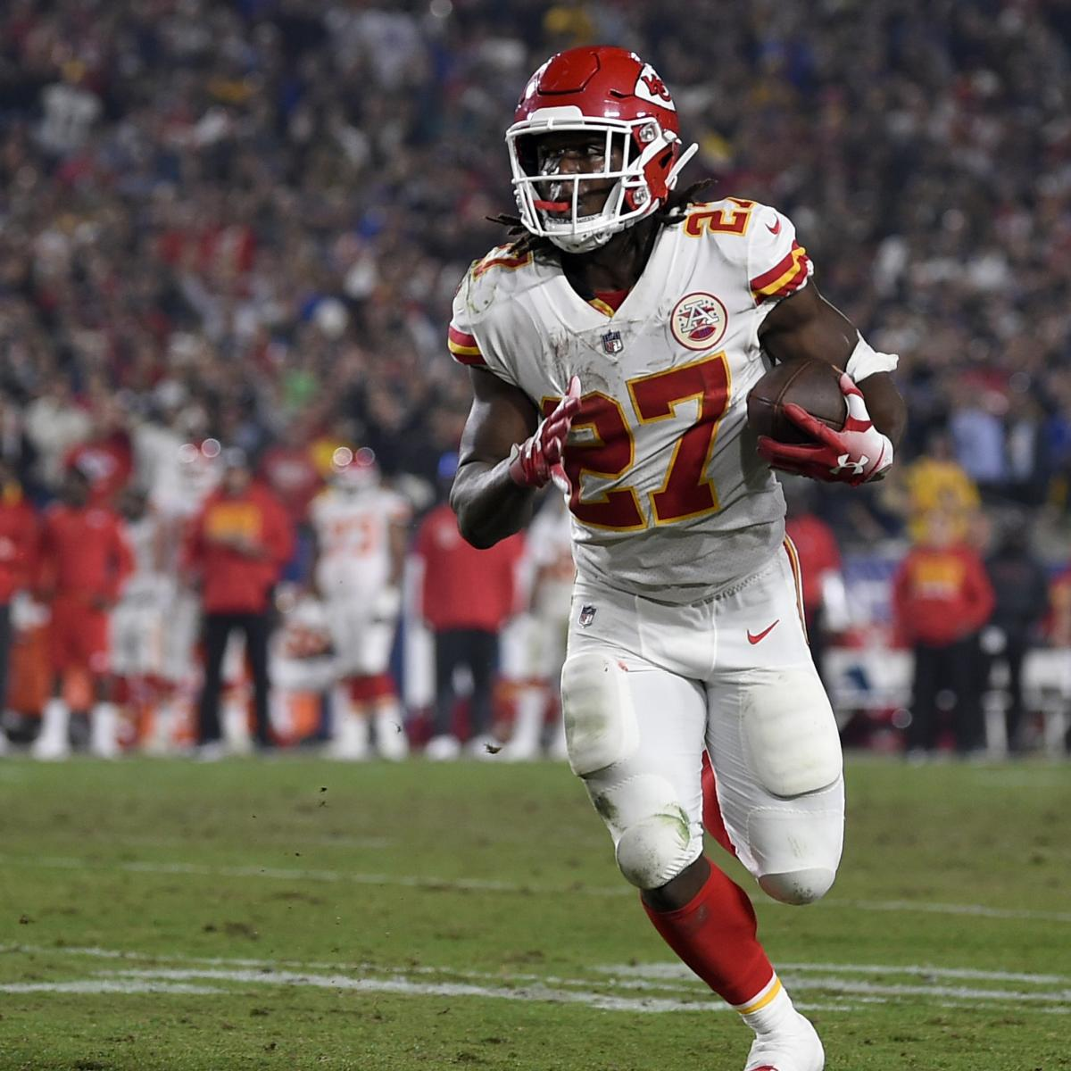 78fe07ae360 Owner Clark Hunt  Chiefs Were Aware of Kareem Hunt s 3 Incidents Before  Release