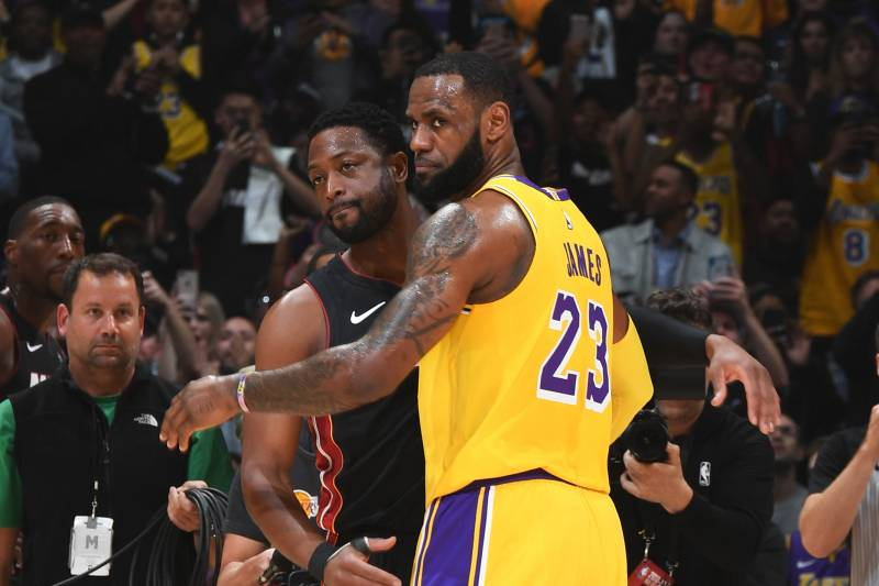 e9a82294f81 Video: Lakers Show Dwyane Wade Tribute Video Including LeBron James ...
