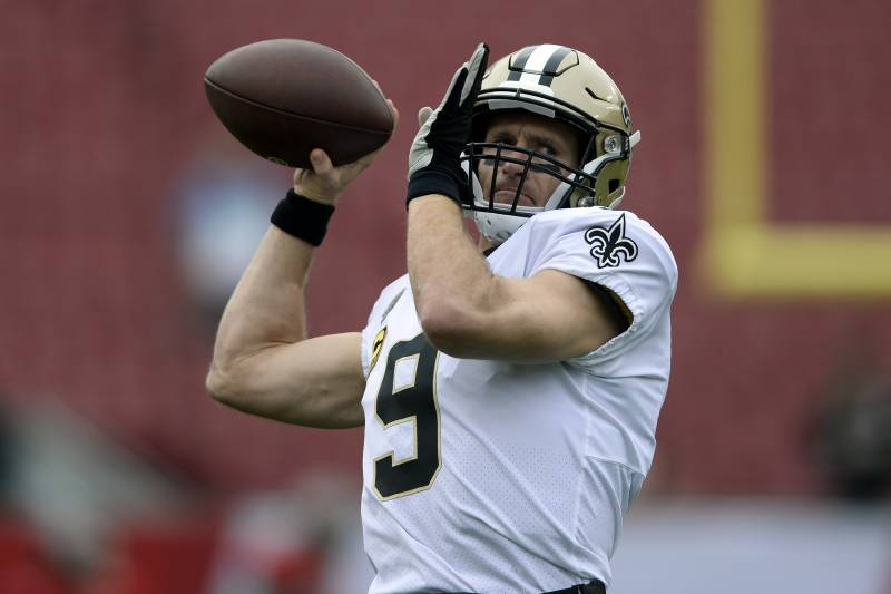 d6d48c7bc8c New Orleans Saints quarterback Drew Brees (9) throws a pass before an NFL  football