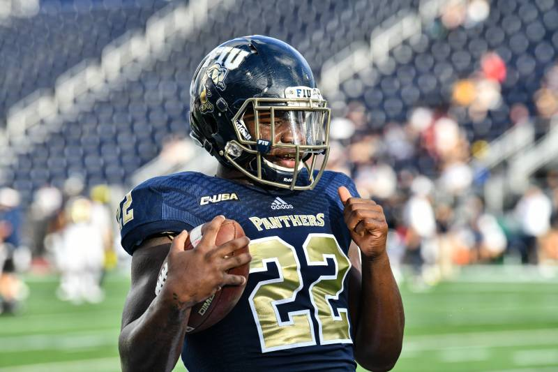 FIU's Shawndarrius Phillips Played 2018 Season with Warrant Out for His  Arrest