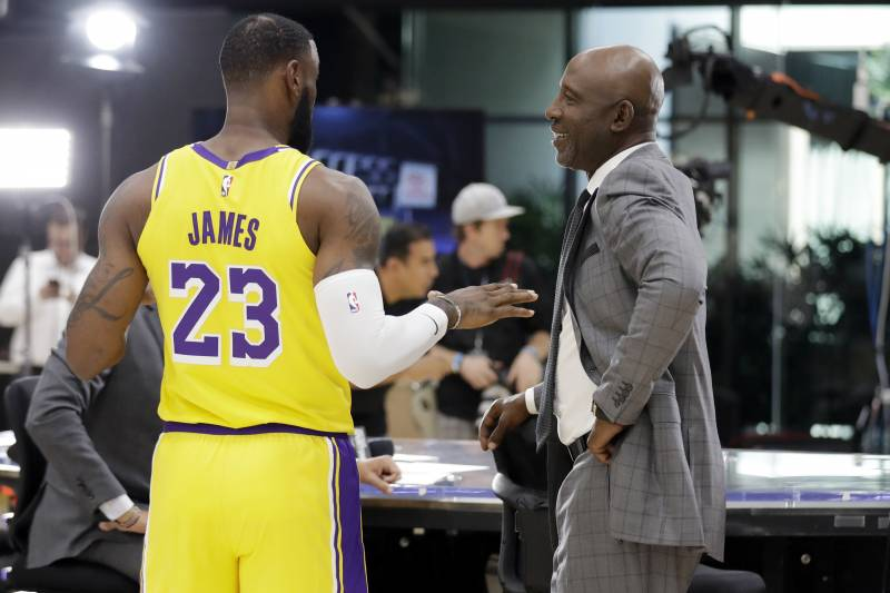 low priced b7238 b8c02 Lakers News: James Worthy Says Carmelo Anthony's Shooting ...