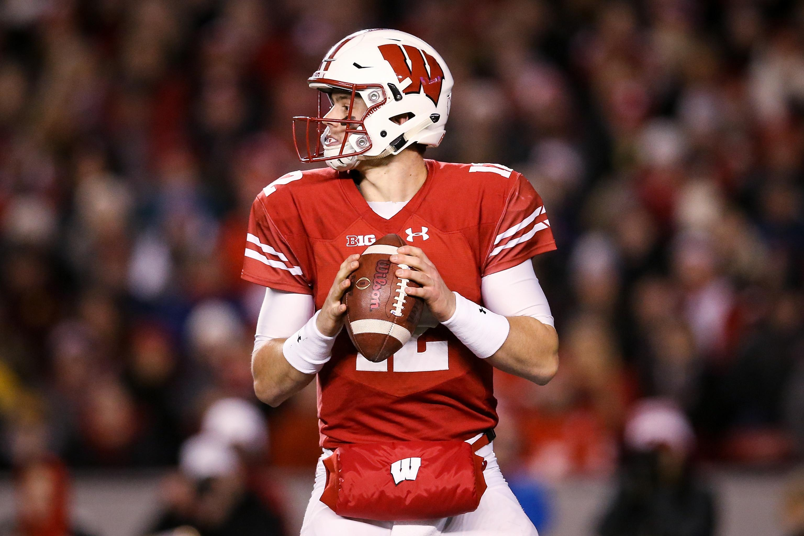timeless design c8e0c 23a73 Wisconsin QB Alex Hornibrook Out for Pinstripe Bowl with ...