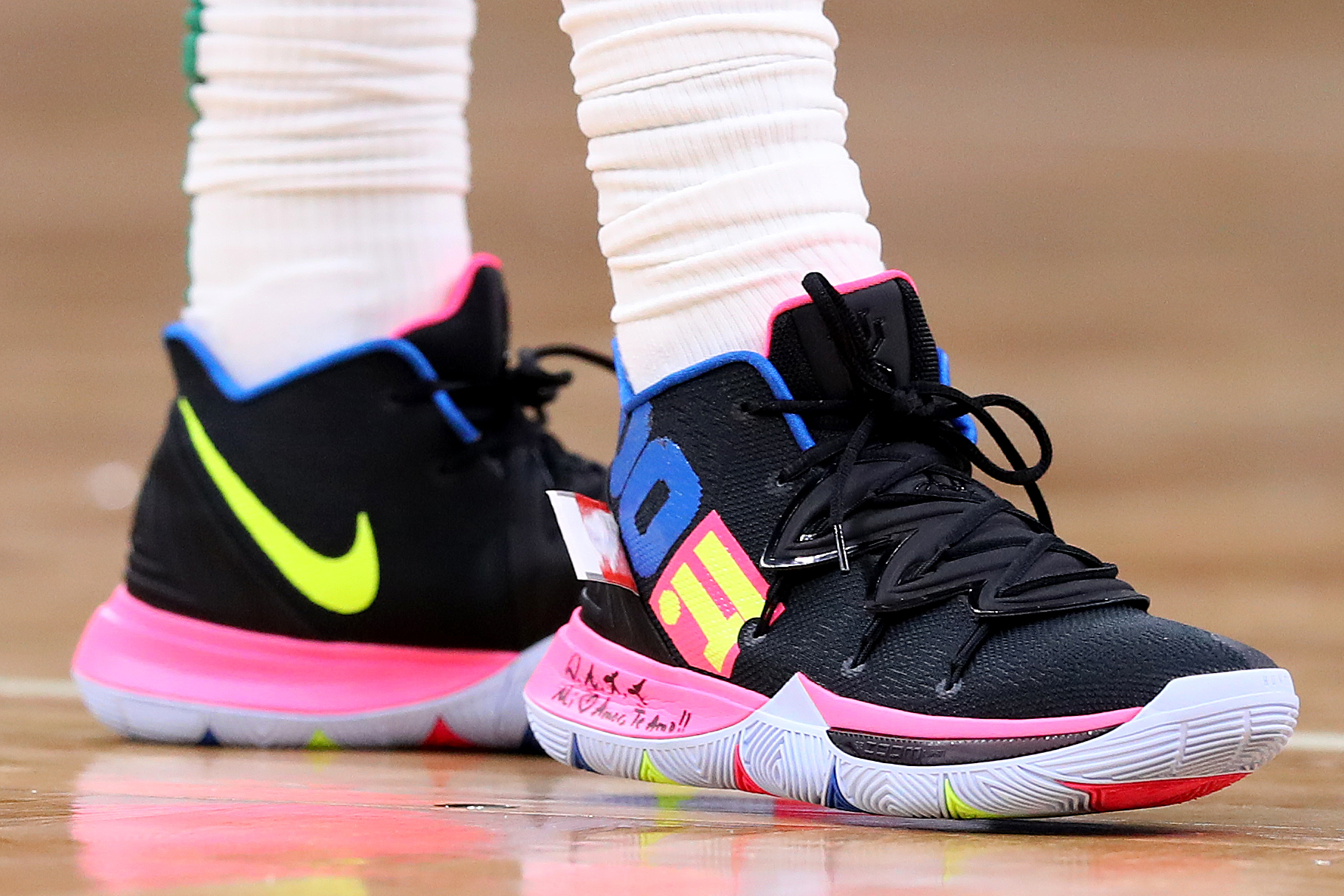 the best attitude 9f872 a472d B/R Kicks X NBA Nightly: New Colorway for Kyrie, LeBron ...
