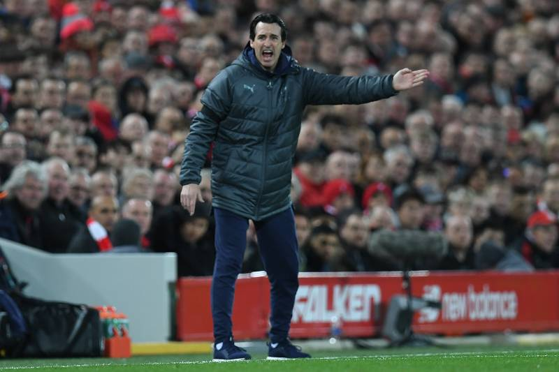 f784d9f955 Arsenal's Spanish head coach Unai Emery shouts instructions to his players  from the touchline during the