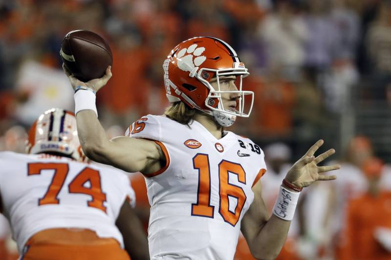 College Football Rankings: Early Look at 2019 Preseason Top