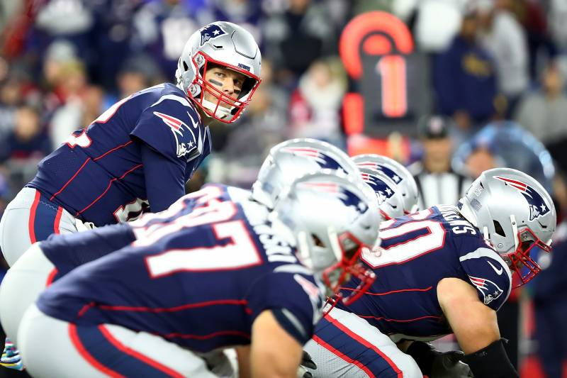 huge selection of 4b2d9 cb828 FOXBOROUGH, MA - OCTOBER 14  Tom Brady  12 of the New England Patriots