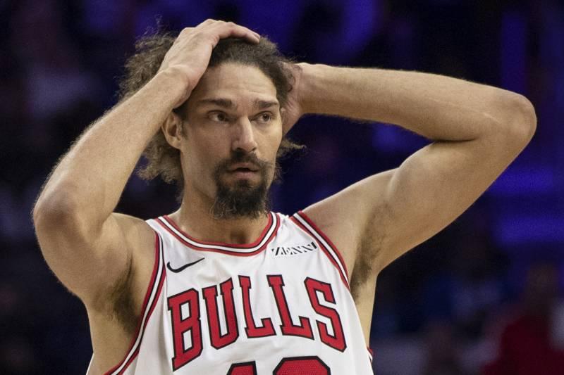 Bulls News: Robin Lopez Left Practice After Heated Exchange