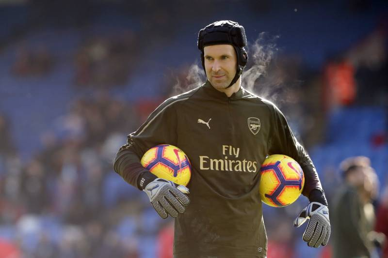 00ff2774968 Arsenal's goalkeeper Petr Cech looks on before the English Premier League  soccer match between Crystal Palace