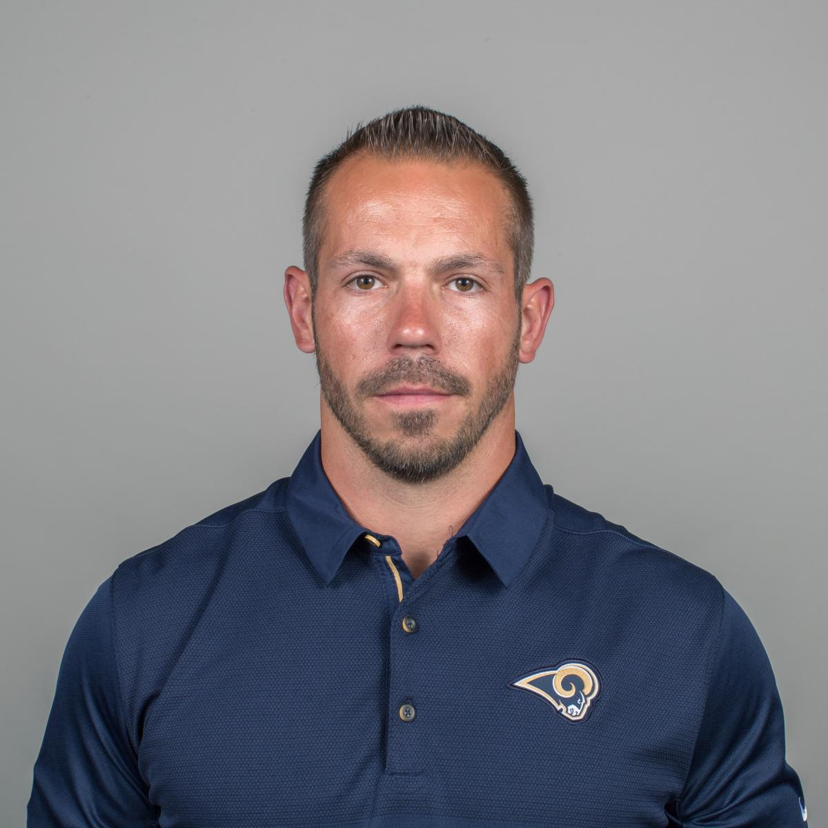 Video Rams Coach Ted Rath Explains Job Of Holding Back Sean Mcvay On Sideline Bleacher Report Latest News Videos And Highlights