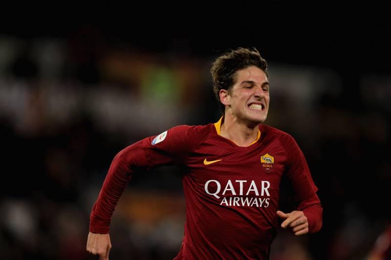 c1f6ae2565a Nicolo Zaniolo Agent Talks AS Roma Renewal Amid Real Madrid