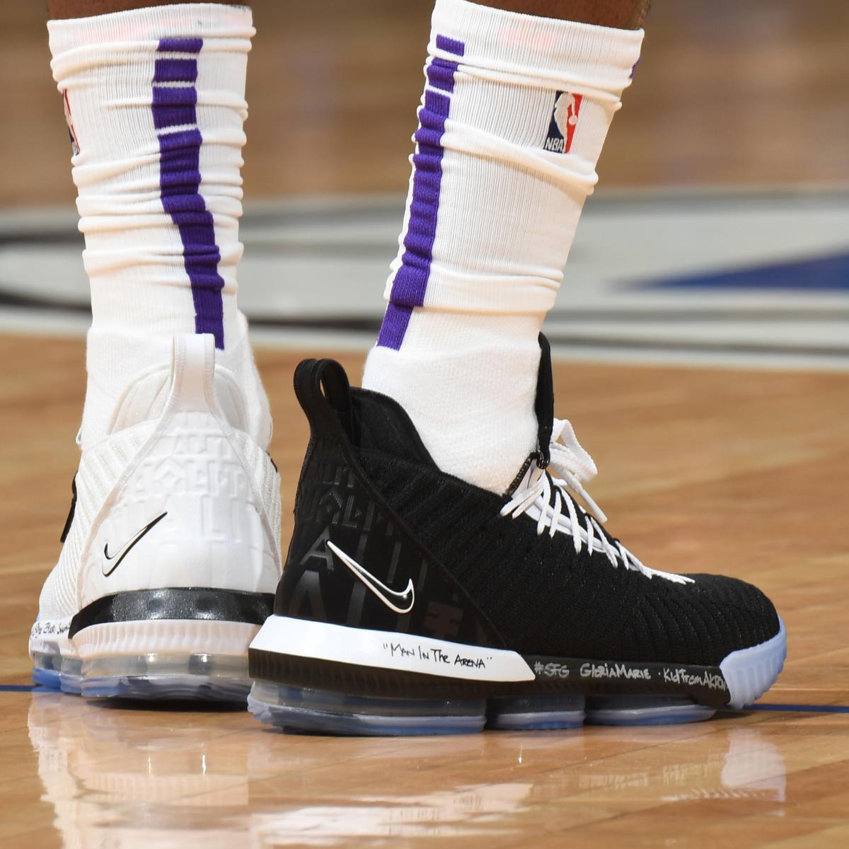 54f03f43002 NBA Kicks Nightly  LeBron Wears Equality 16