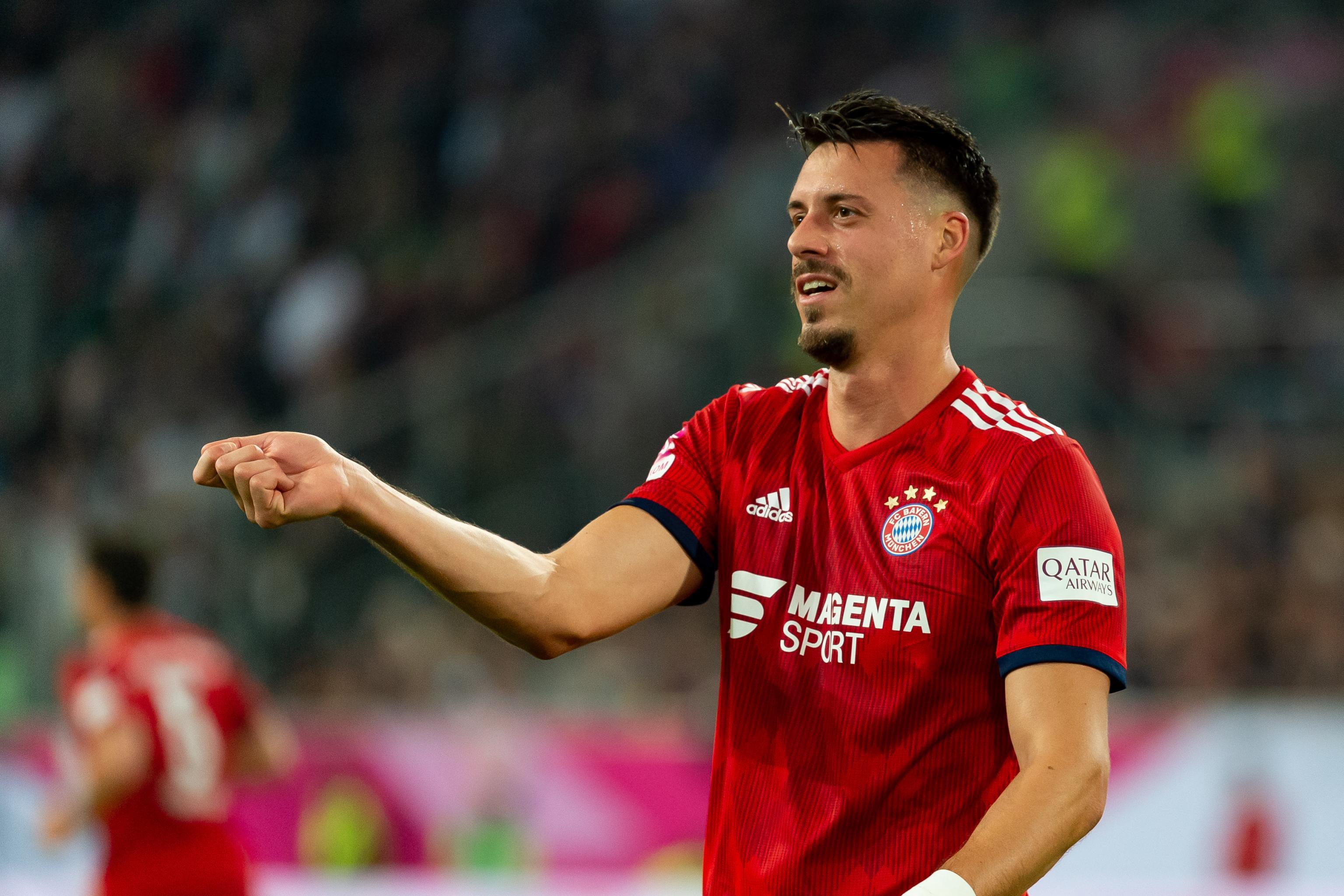 Bayern Munich Confident Over Robert Lewandowski Cover After Sandro
