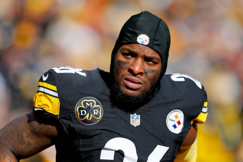 5b3275a99 Le Veon Bell Trade Rumors  Steelers Considering Using Transition Tag on  Star RB