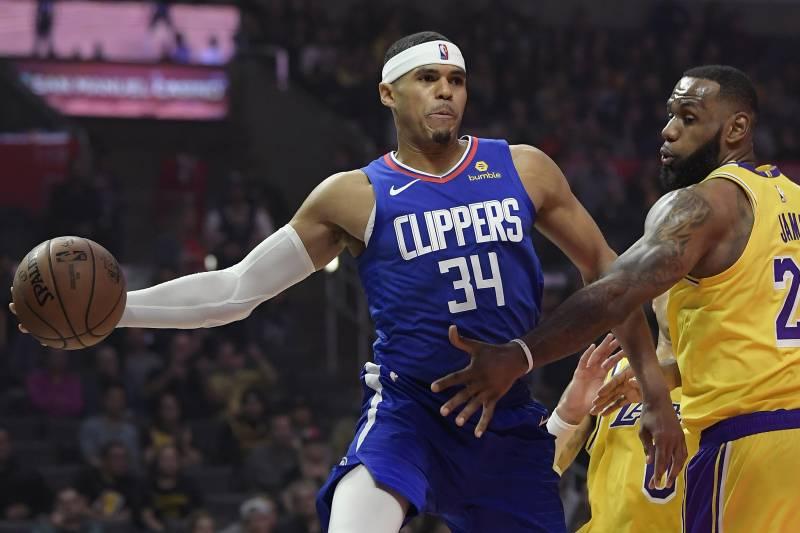 7d8ffaf0a94 Los Angeles Clippers forward Tobias Harris