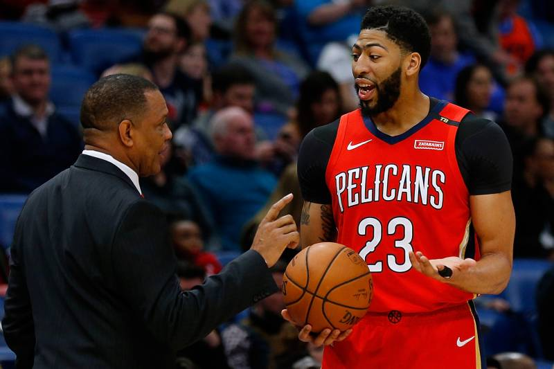 Anthony Davis Leaves Thunder Vs Pelicans With Rich Paul