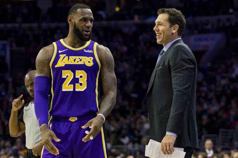 3675d3bde54 Los Angeles Lakers' head coach Luke Walton, right, talks things over with  LeBron