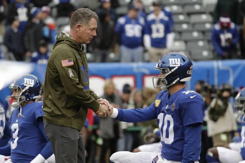 Giants Hc Pat Shurmur Fully Expects Eli Manning To Return