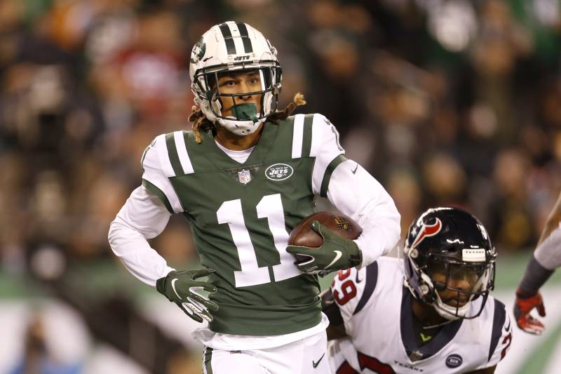 00d532d45cb New York Jets wide receiver Robby Anderson catches a touchdown pass form  quarterback Sam Darnold,