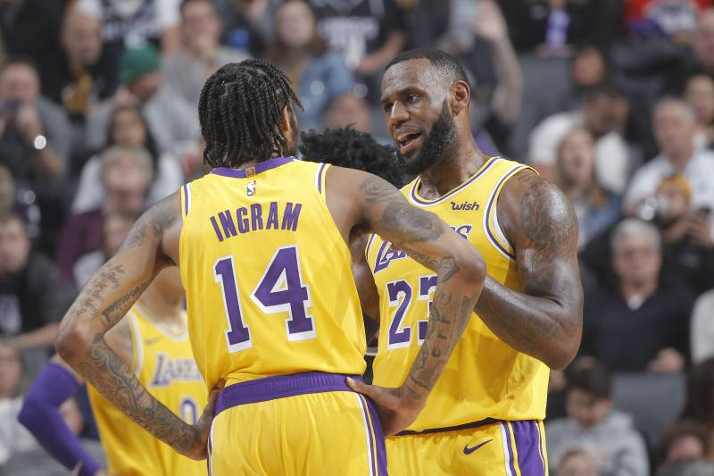 9c58c9b4dcfa LeBron James  Lakers  Young Players Dealing with  Unfair  Expectations