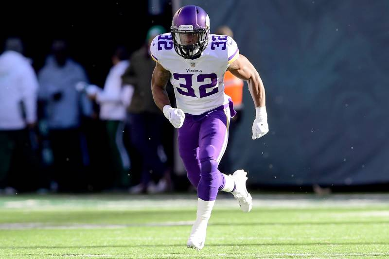 956afe606a5de Vikings RB Roc Thomas Charged with Felony Marijuana Possession with ...