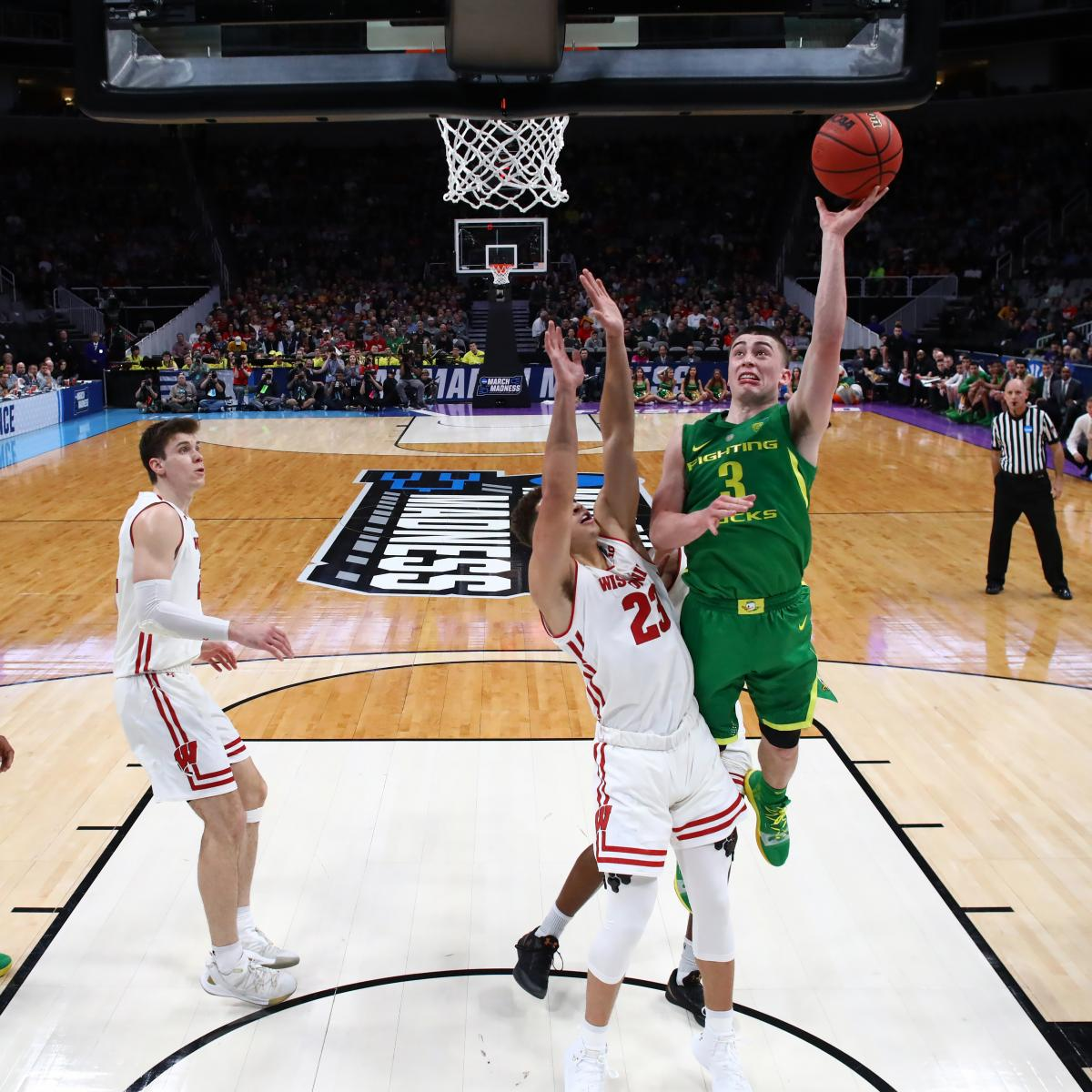 No. 12 Oregon pulls off major upset