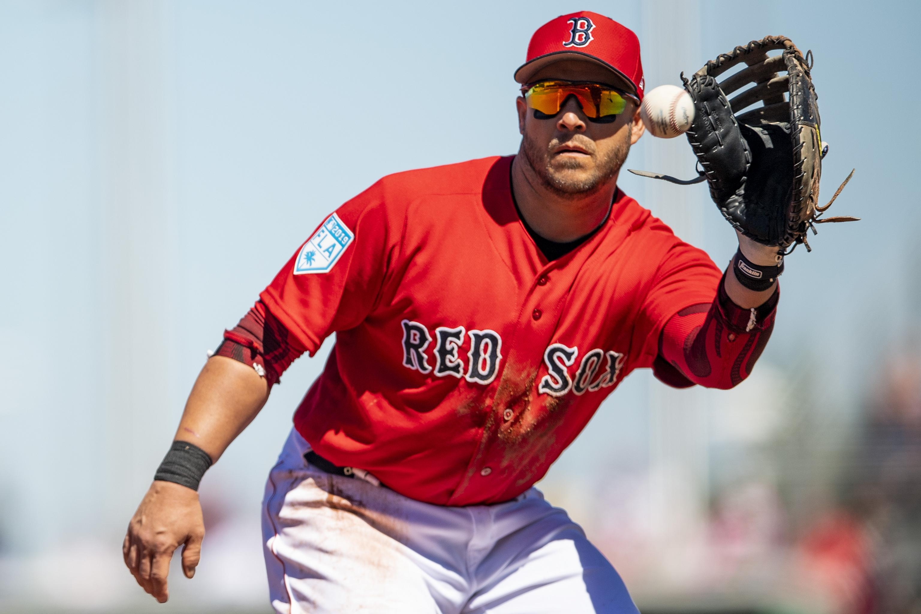 buy popular 943f9 44547 Red Sox News: World Series MVP Steve Pearce Placed on IL ...