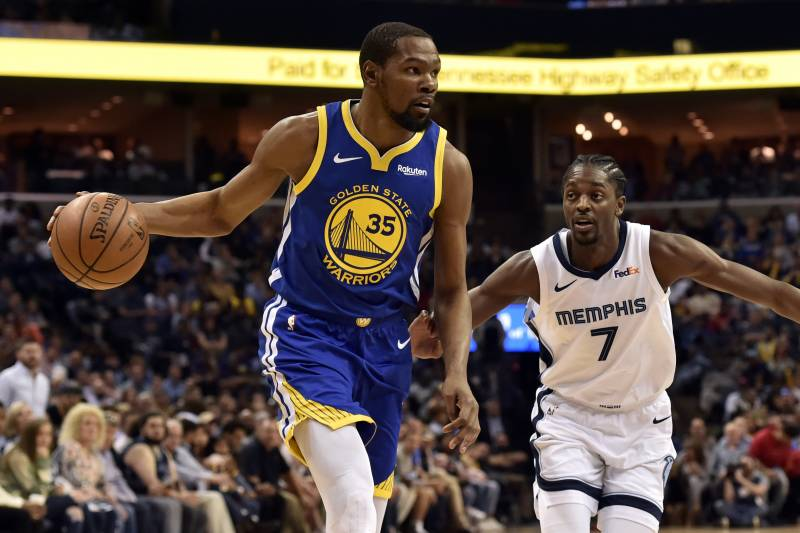 online store db233 c3b68 Golden State Warriors forward Kevin Durant (35) handles the ball against  Memphis Grizzlies forward