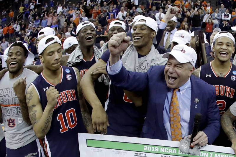 Bruce Pearl Is The Heartbeat Of Auburn S Underdog Final Four
