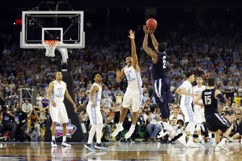 1bfa54bf6eb2 Greatest March Madness Finals Games in Men s NCAA Tournament History ...