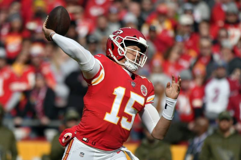 63ef395499d Kansas City Chiefs quarterback Patrick Mahomes (15) throws a pass during  the first half