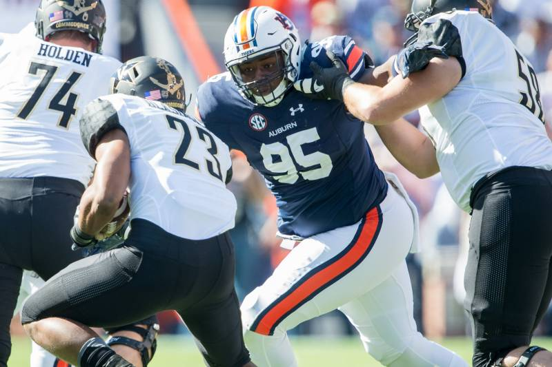 quality design 5a5ad 5afb1 Dontavius Russell NFL Draft 2019: Scouting Report for ...