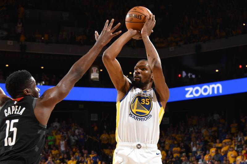 825dded22ca Kevin Durant s 35 Carry Stephen Curry