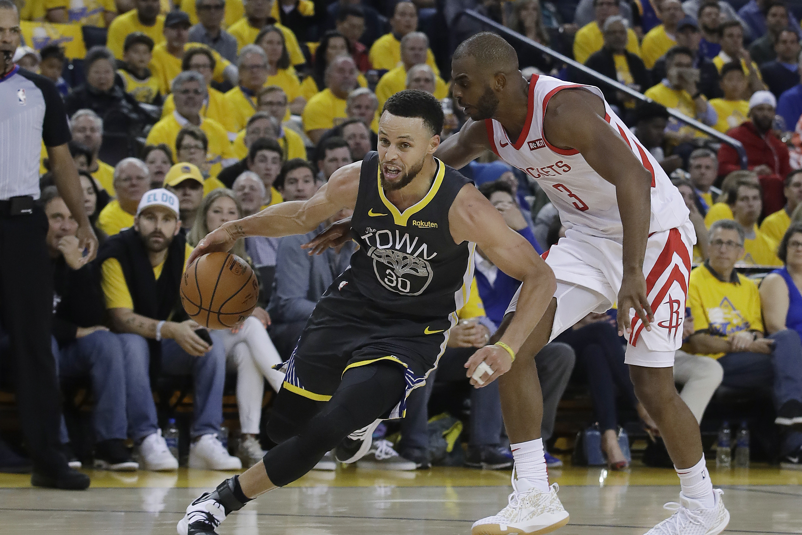 91c4ea00a5b Kevin Durant Outduels James Harden as Warriors Take 2-0 Series Lead vs.  Rockets