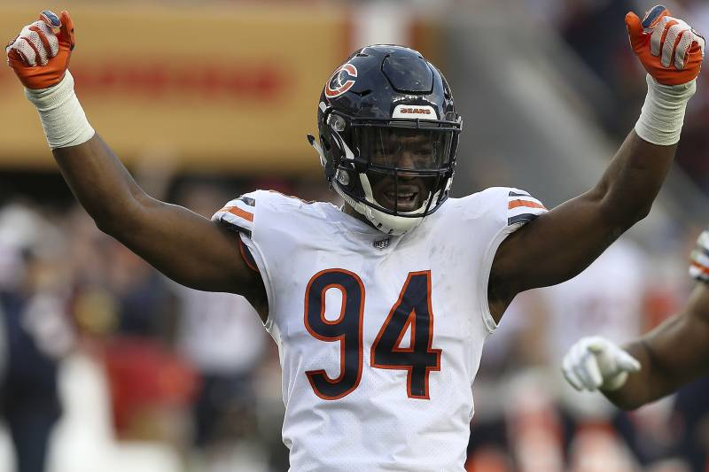 ebed5bae2d0 Leonard Floyd of the Chicago Bears celebrates a play during the Bears 14-9  win