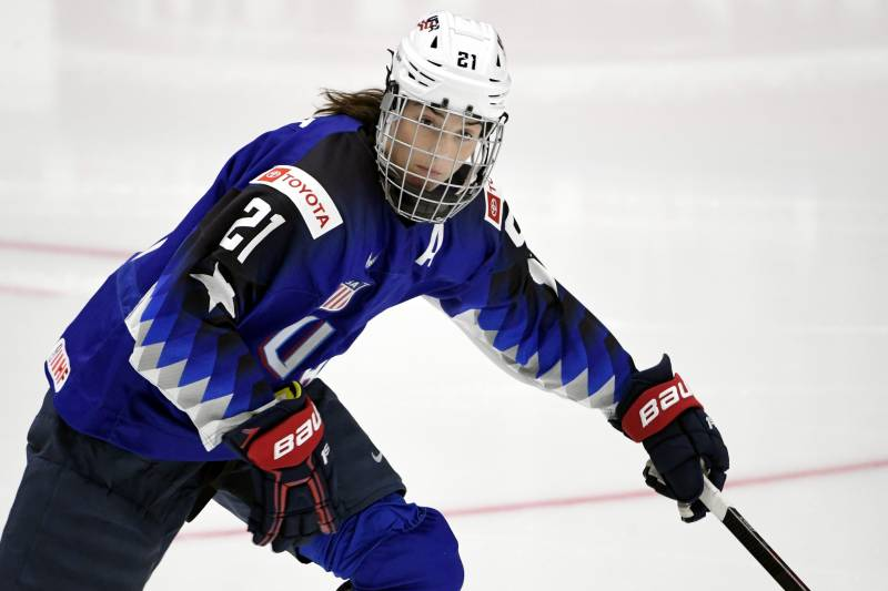 200 Plus Women S Hockey Players To Skip Next Nwhl Season Over State