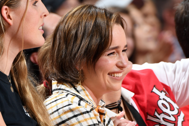 Video: Rockets Mascot Bends Knee to Game of Thrones Star Emilia Clarke at Game 6