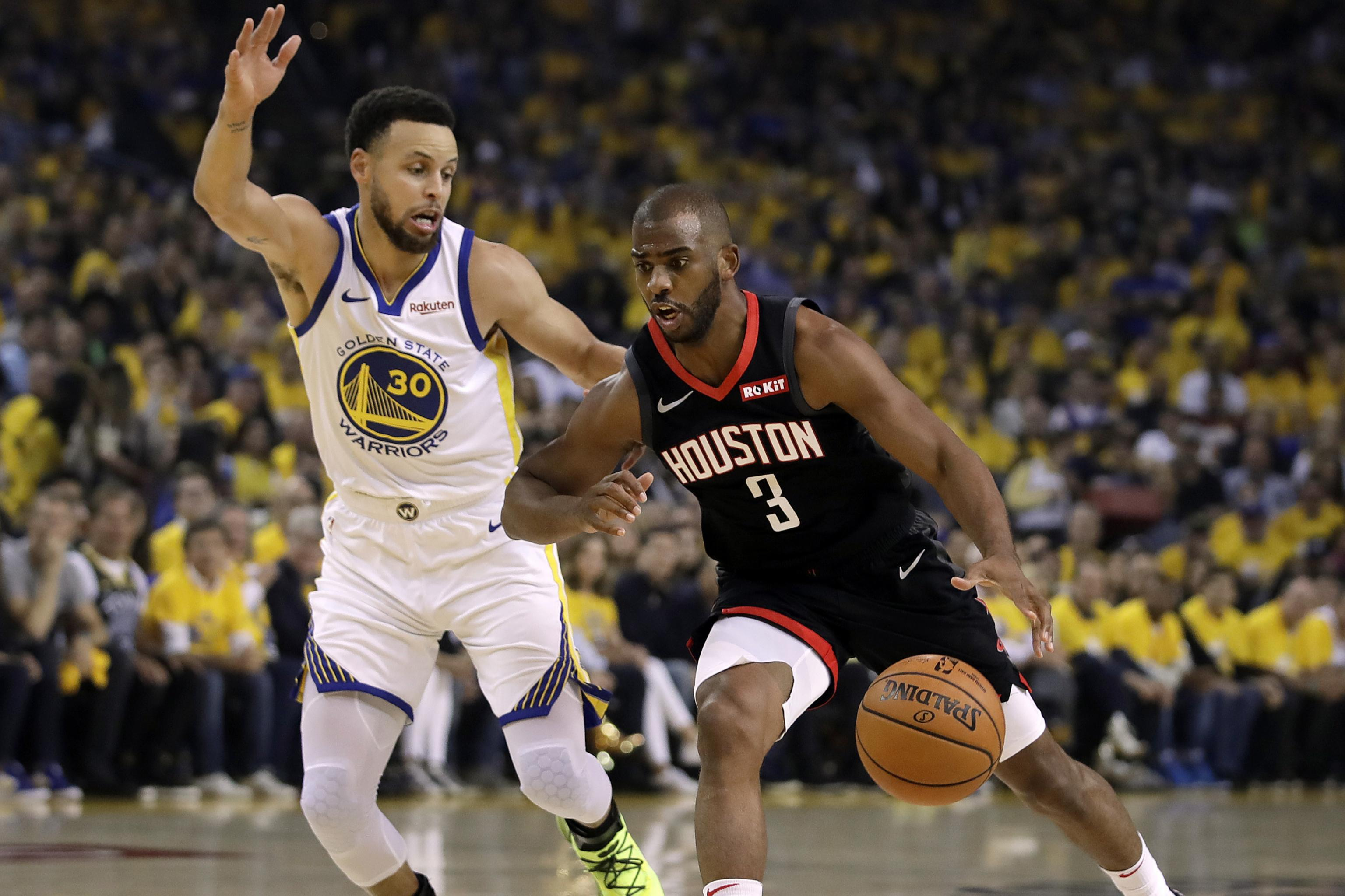 new arrivals a2187 e2adf Stephen Curry Fires Back at Chris Paul After Being Denied ...