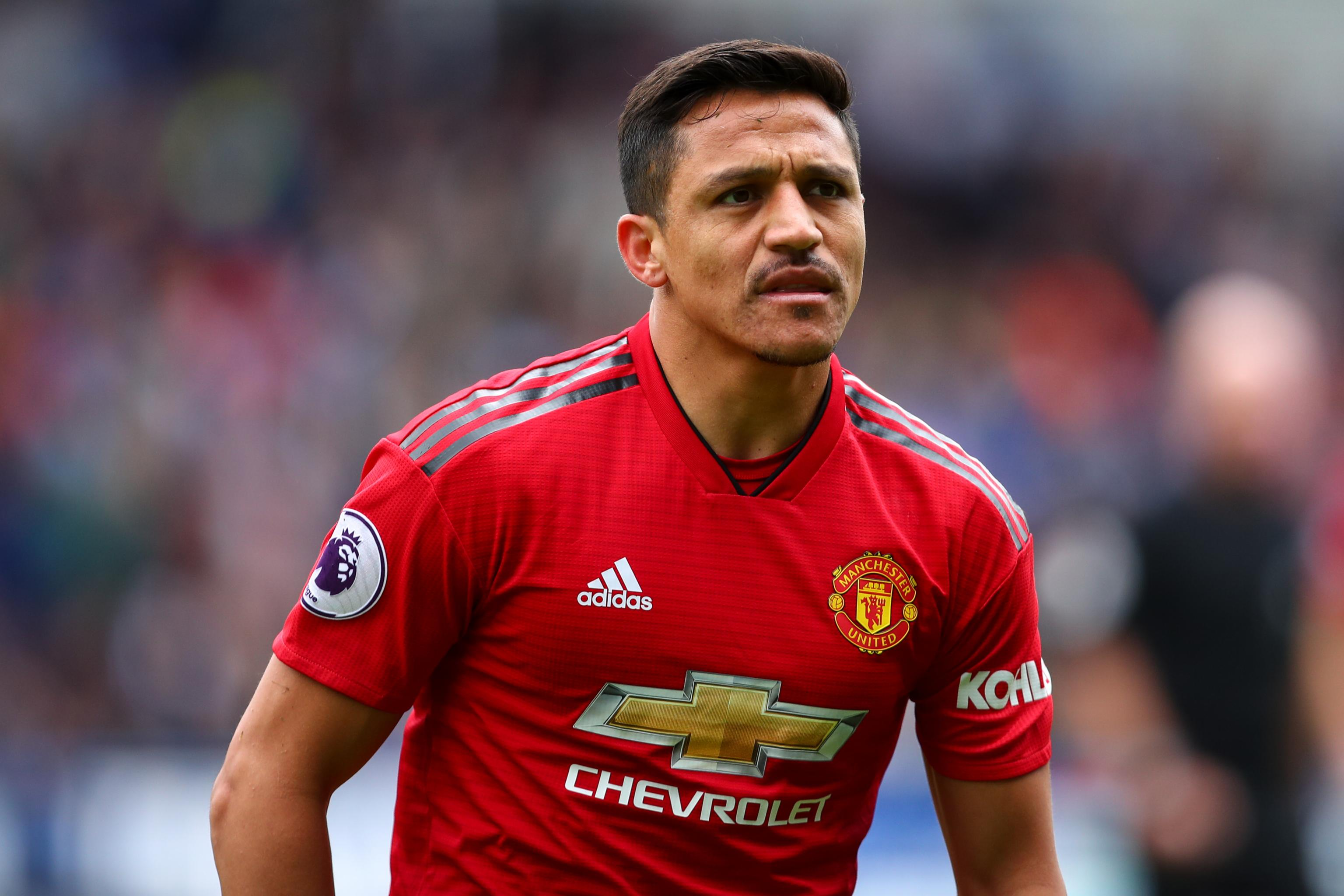 bfee17374 Report  Manchester United Could Be Forced to Pay Alexis Sanchez £12M to  Leave