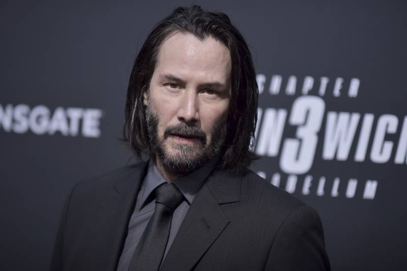 keanu reeves attends a special screening of - fortnite john wick 2019