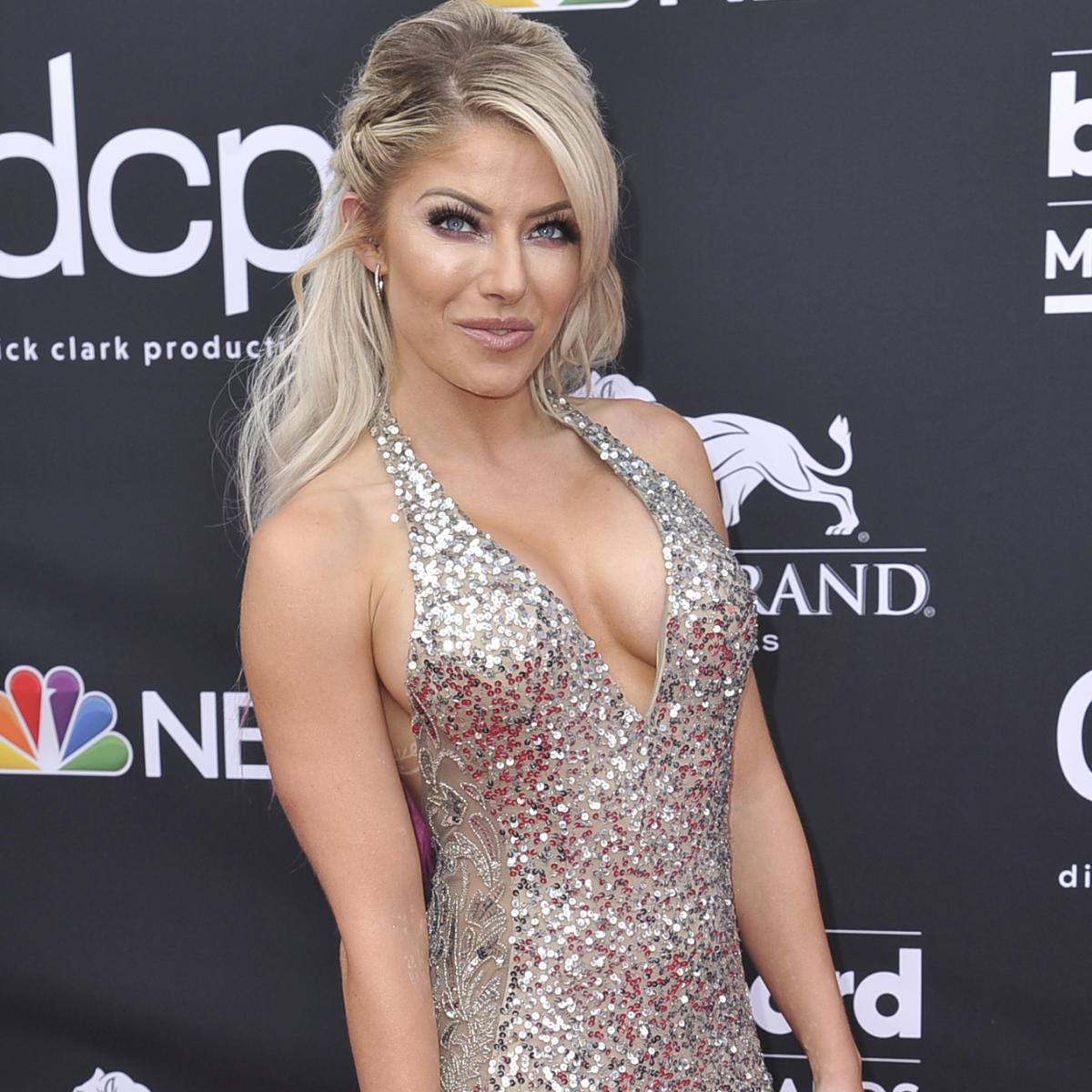 Alexa Bliss Removed From Wwe Money In The Bank Ladder Match With Injury Bleacher Report Latest News Videos And Highlights Find the hottest alexabliss stories you'll love. alexa bliss removed from wwe money in