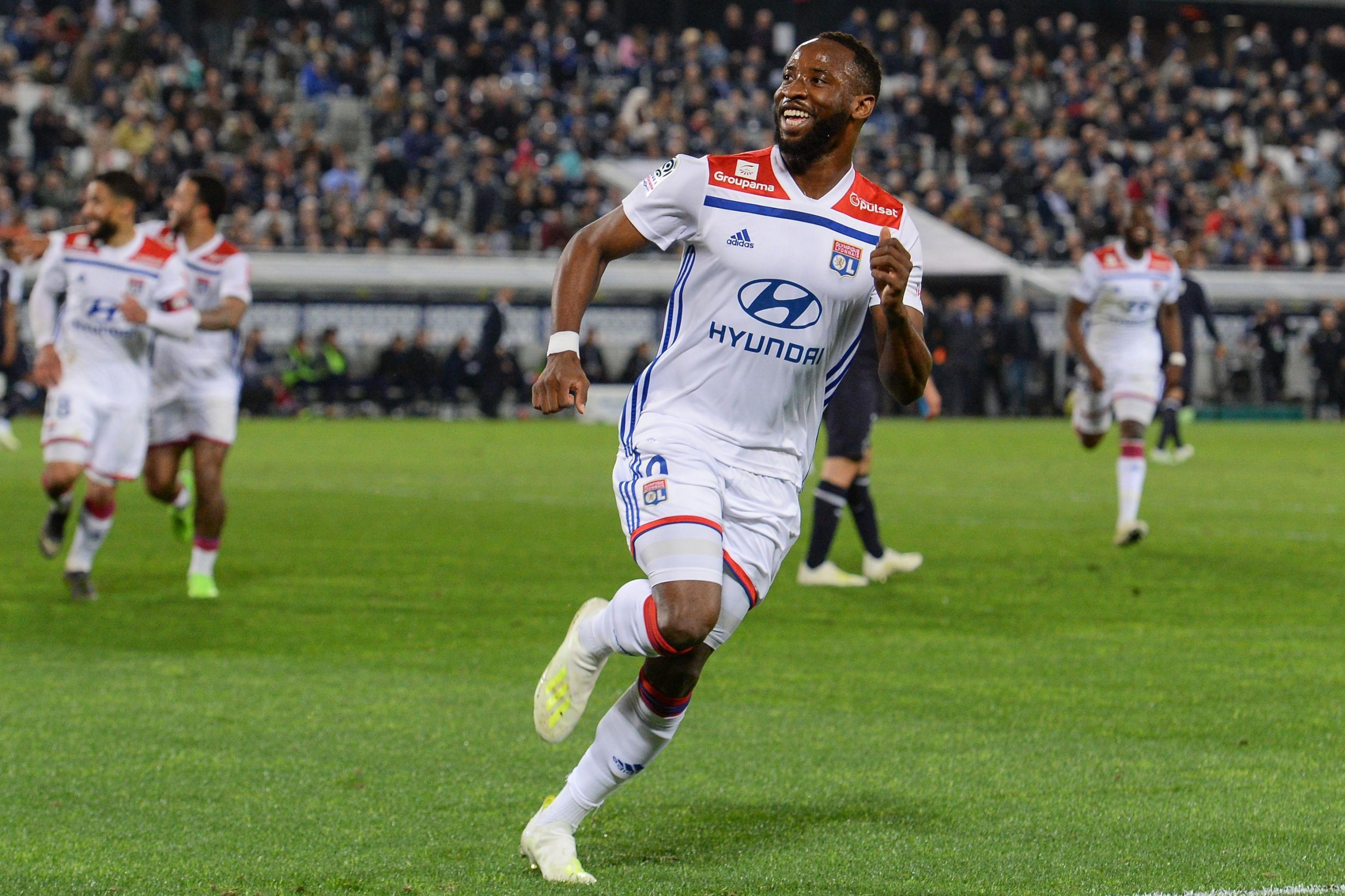 Moussa Dembele 'Happy to Stay with Lyon' Amid Manchester United ...